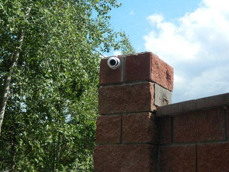 Камера на заборе - фото 3